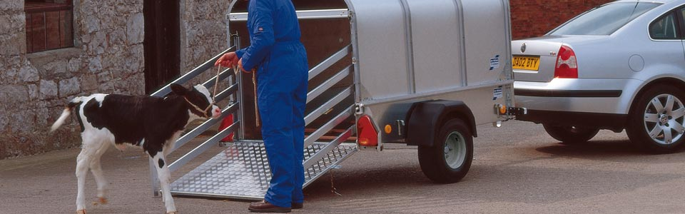 Small, unbraked livestock trailers